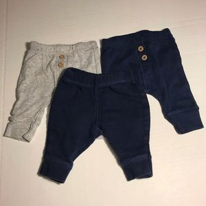 Lot of 3 carters newborn pants with button detail